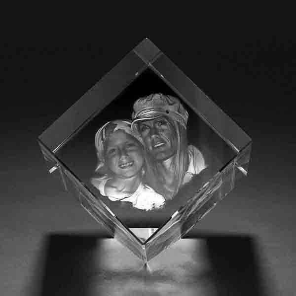 personalised 3D crystal photo diamond shape image with customized text 1 3D crystal Diamond 3d crystal
