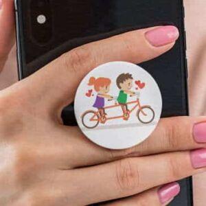 pop-socket-couple-cycling